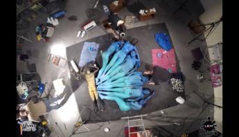 mariposa humana cuerpos pintados LKM